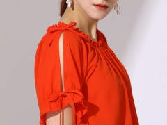 热烈祝贺中国服饰网帮助福建陈老板成功签约真斯贝尔女士服装