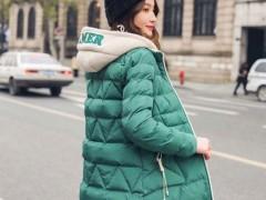 这个冬季穿什么保暖?一定是羽绒棉服啊!