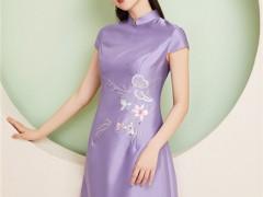 古典旗袍的美 阿莱贝琳杭州女士服装品牌为你搭配