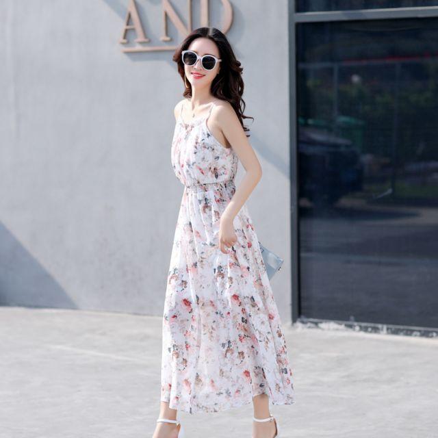 波西米亚沙滩裙女最新夏装新款女装碎花吊带雪纺连衣裙